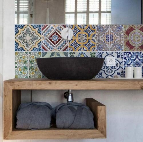 6f600ba77d871 Kuchynská tapeta zástena KitchenWalls - Portugal 1401 (300 x 60 cm)